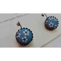 """Boucles d'oreille pendantes """"Bleu marguerite"""""""